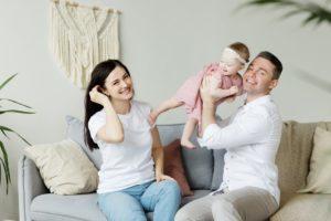 husband-hold-child